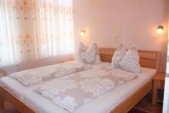 Schlafzimmer-2a